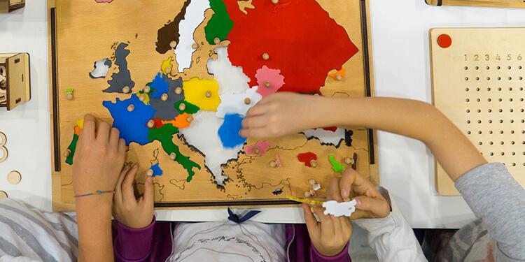 Come si educano i bambini alla felicità